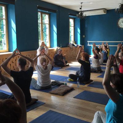 Somatic meditation, energy awareness